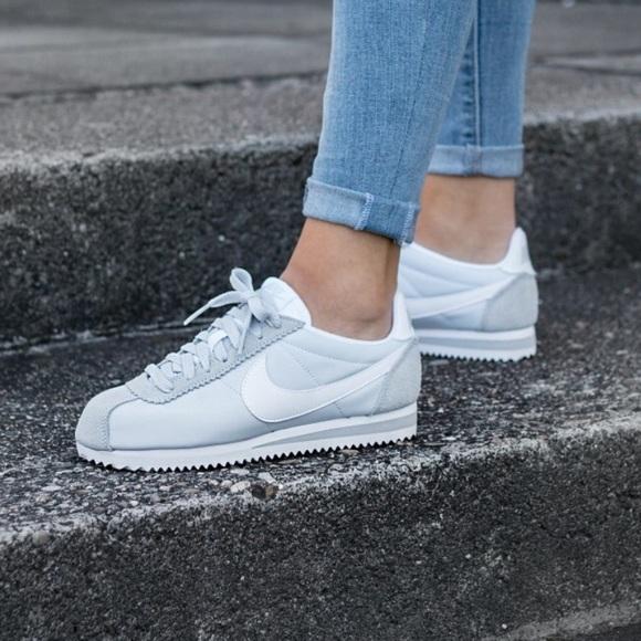 separation shoes 78bc6 c1331 Nike Classic Cortez Nylon Pure Platinum W AUTHENT NWT